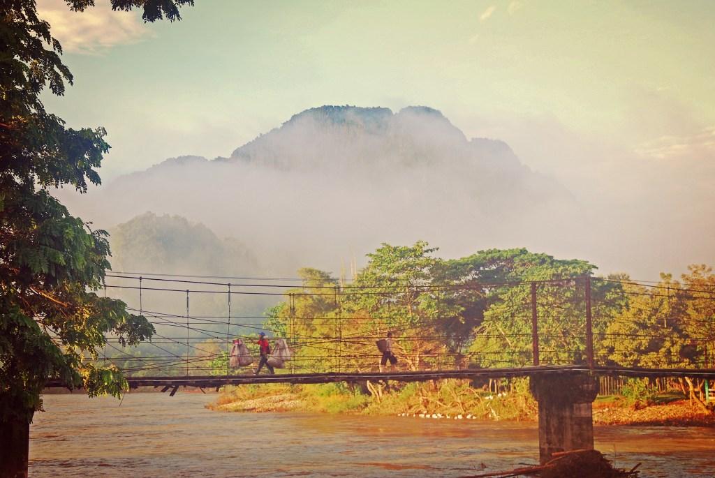Laos - Luang Prabang - bro - rejse