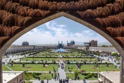 イラン-イスファハン-モスク-旅行