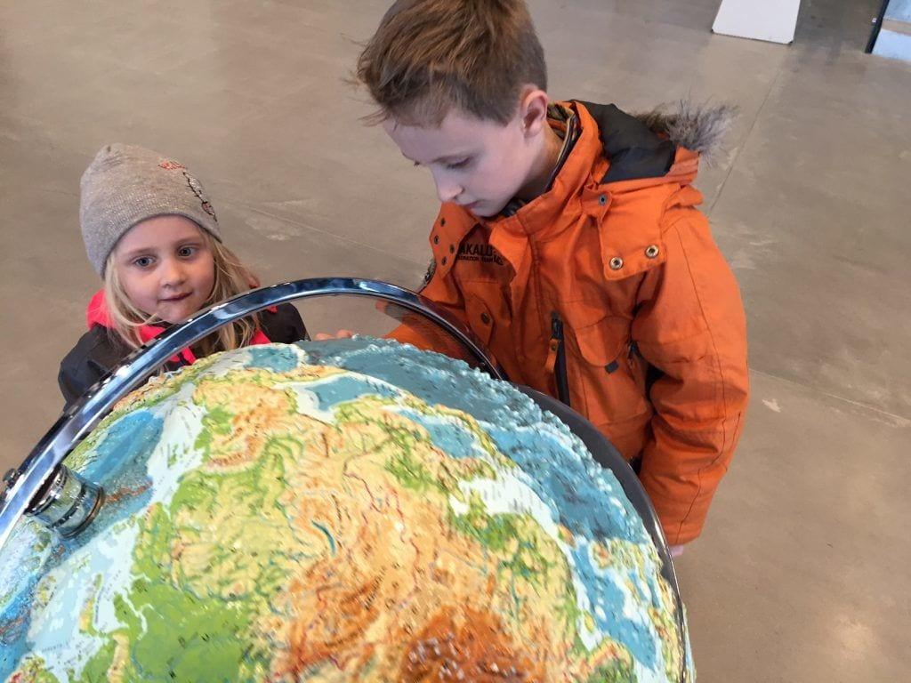 Børn - globus