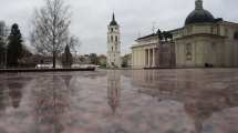 Litauen - Vilnius, plads, refleksion - rejser