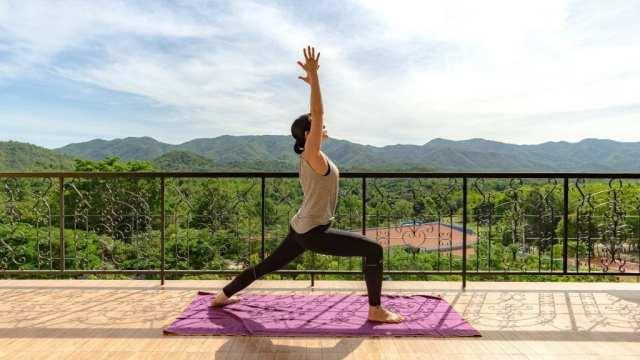 Parastou Booyash yoga rejse rejser
