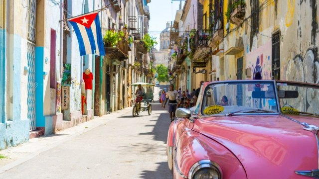 Cuba city car travel
