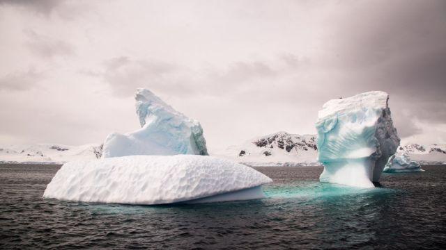 antarktis-arktisk is
