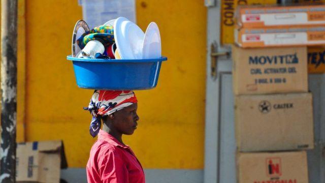 Uganda - woman - traveling