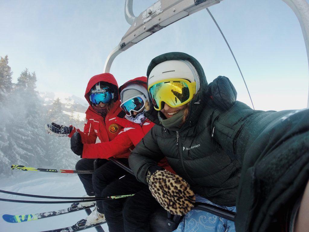 Ski - angat, niyebe - paglalakbay