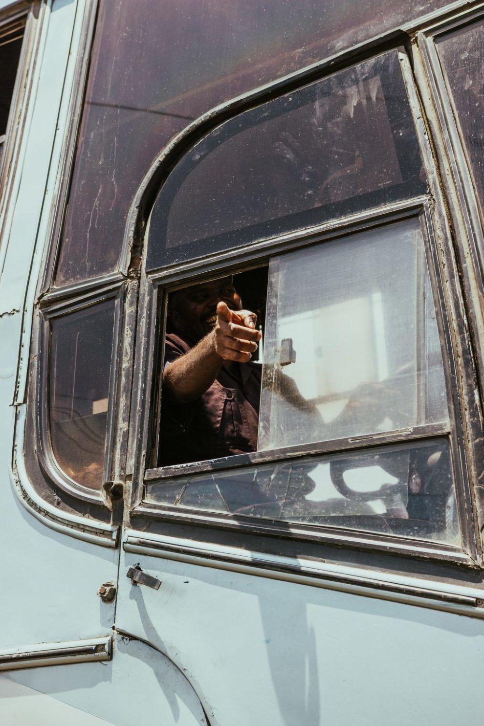 Bus - pege - by - rejser