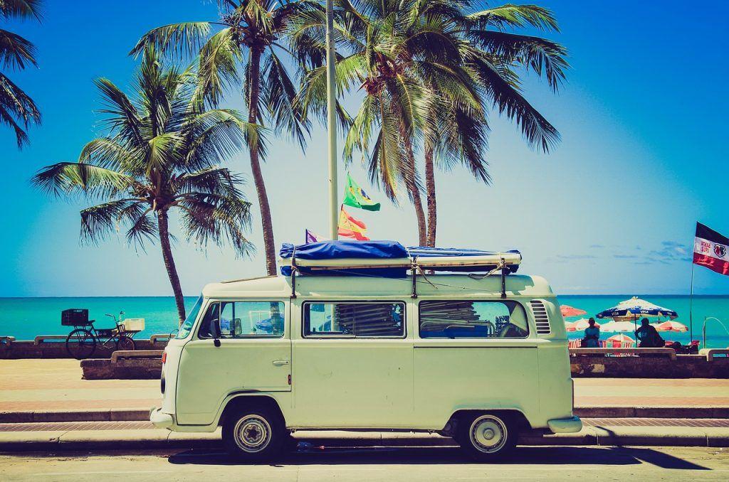 Camper - road trip - beach