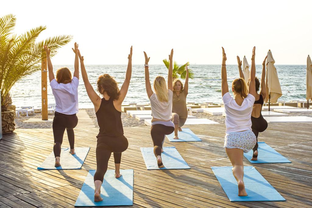 Tanzania - Zanzibar, Strand, Yoga - Rejser