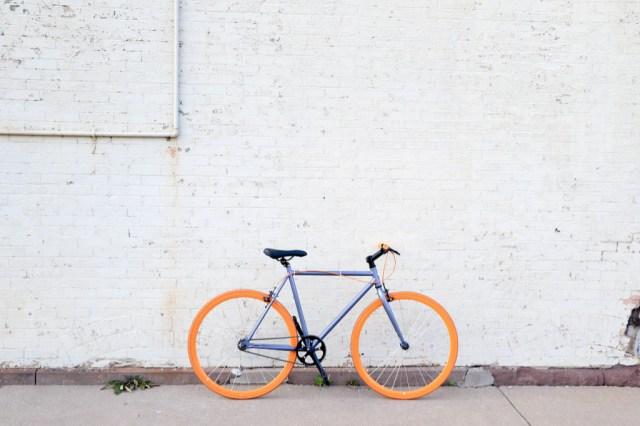 Bicikl Ljubičasta narančasta - Putovanje