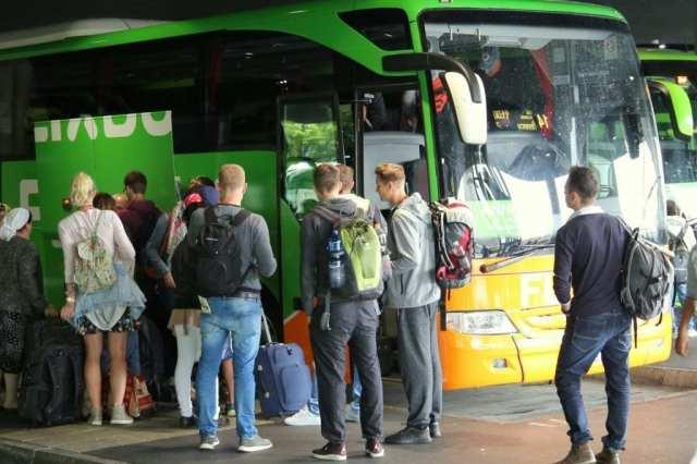 Europa night bus flixbus travel