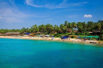 Putovanje vodom na plaži India Goa