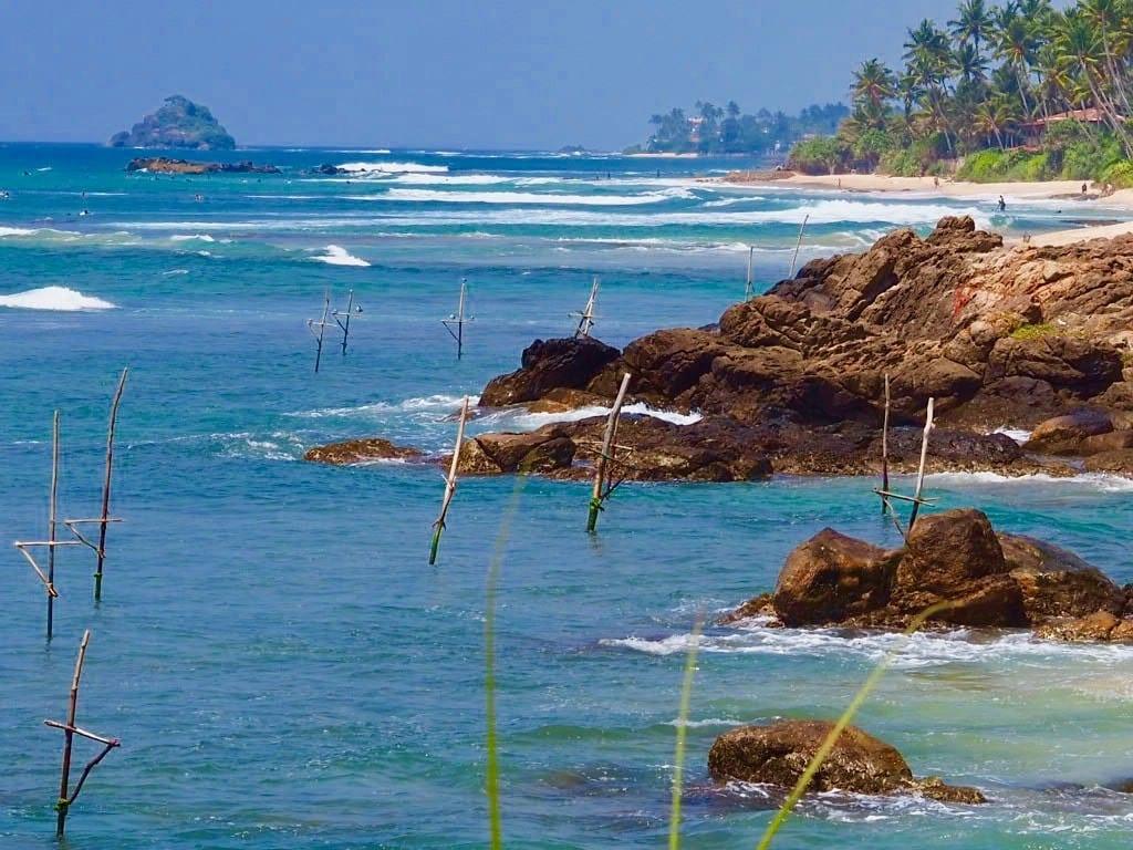 Sri Lanka - Barberyn ayurvedic beach resort weligama - strand - - fiskesteder - stilt fisher sticks - rejser