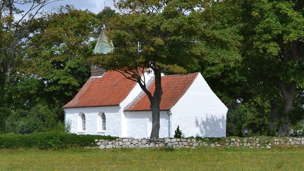 Hjarnø教会SnaptunKystlandetが旅行します