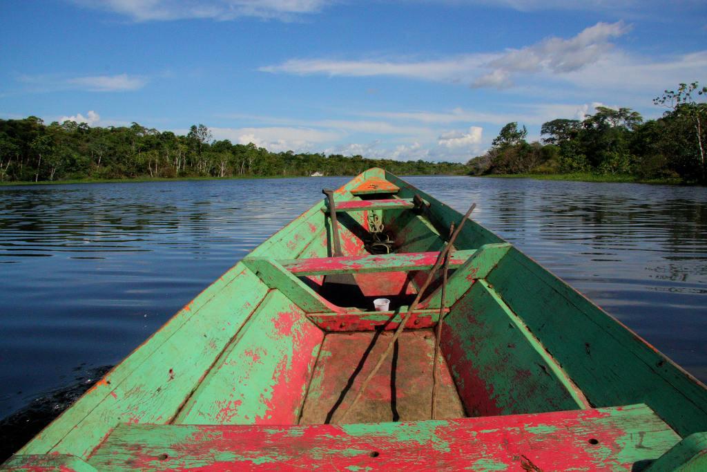Pérou - Bateau, Indiens d'Amazonie - Voyage