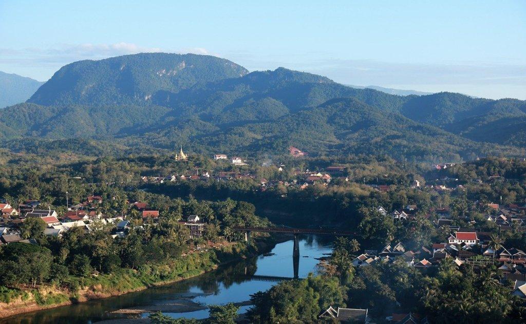 Laos - bjerge - huse - rejser