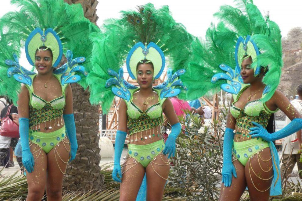 Karneval - Kapp Verde - samba-prosesjon - Mindelo