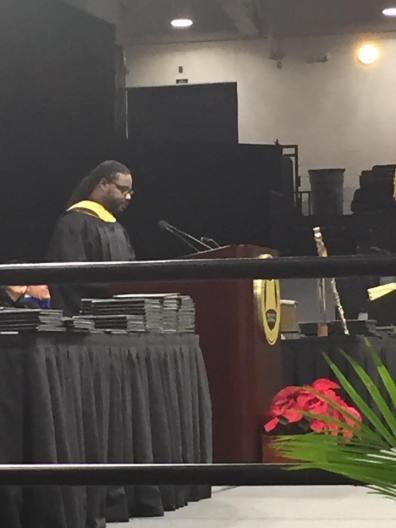 Relando Speaks at Commencement Oakland University 2016 1