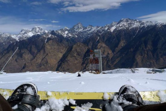 photos : trekking & snowbording in Auli, Uttarakhand, India 2011