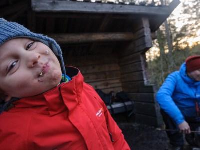 Grillning vid sjön Trylen i Rudans Naturreservat