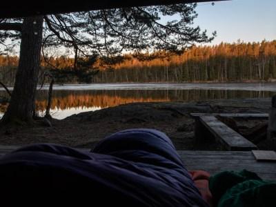 Reldin Adventures - Äta och sova ute i april