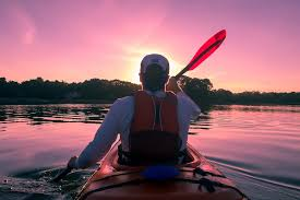 Kayak_in_Sunset
