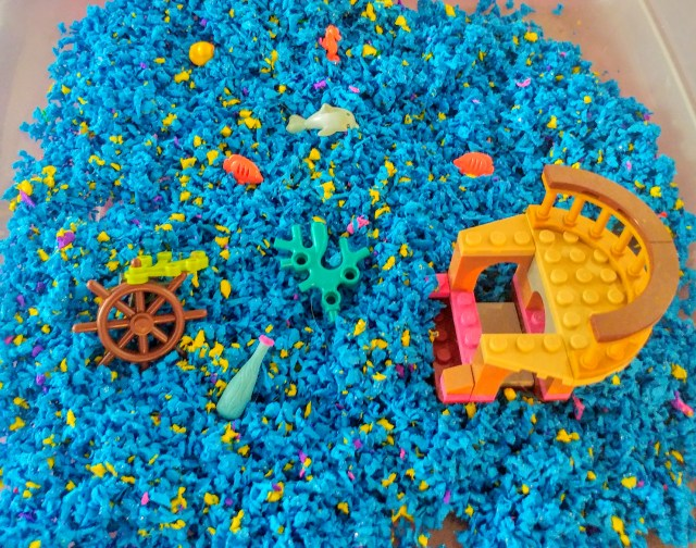 Under the sea Playfoam Pluffle sensory play scene