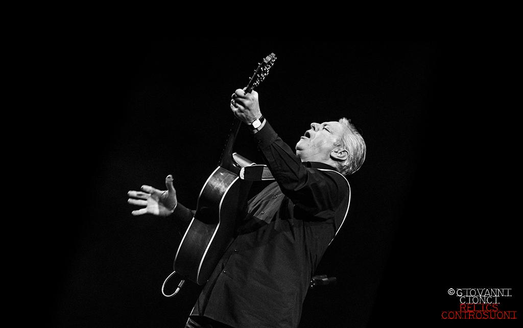 Tommy Emmanuel@ Teatro Duse, Bologna (Foto di Giovanni Cionci)