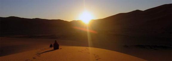 Slide - Lever de soleil dans le désert
