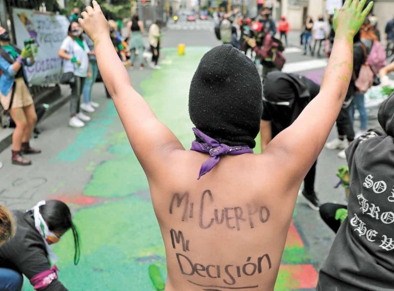 Manifestante proabortista en una manifestación.