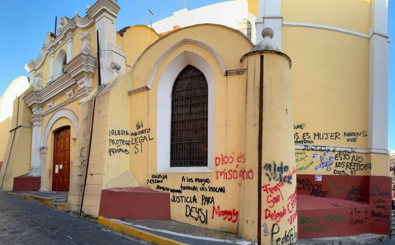 Iglesia atacada en México