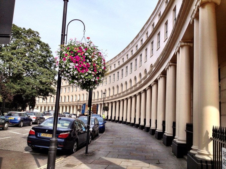 I loved this street with the curved pillars right near where I used to live
