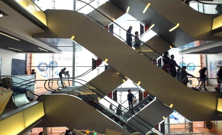 הונג קונג -חשיבות הכסף והמעמד בחברה ובעסקים