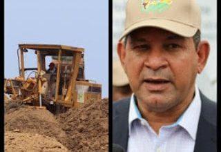 Photo of Acusan a Director de Desarrollo Fronterizo de usar maquinarias y equipos del gobierno en sus propiedades privadas