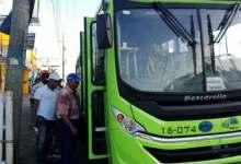 Photo of Usuarios de la OMSA se quedan varados y denuncian no se les informó cambio de horario por feriado de Las Mercedes
