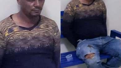 Photo of Hombre que vendía gasolina al granel durante toque de queda, se embarra con heces fecales para evitar su detención
