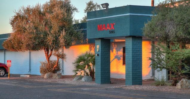 Maax Spas 01
