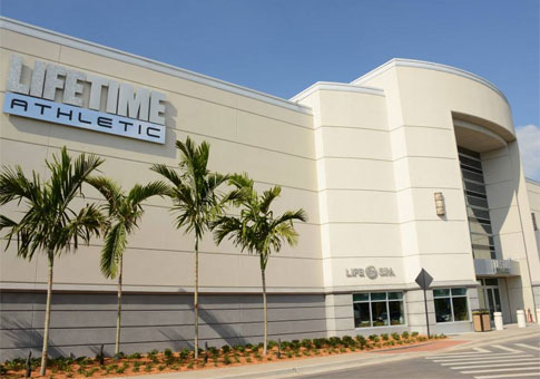 LifeTime Athletic at International Plaza