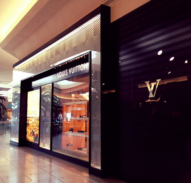 Louis Vuitton Tampa, renovated and relocated in 2012 at International Plaza
