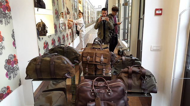 Leather bags at Fontana Milano 1915