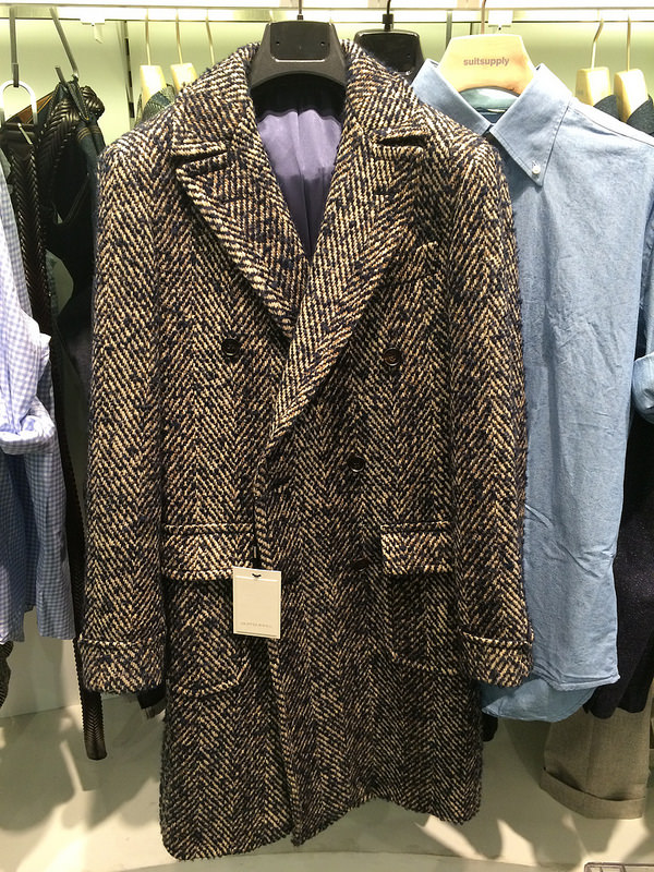 A supreme find! Suitsupply irish tweed double-breast winter coat
