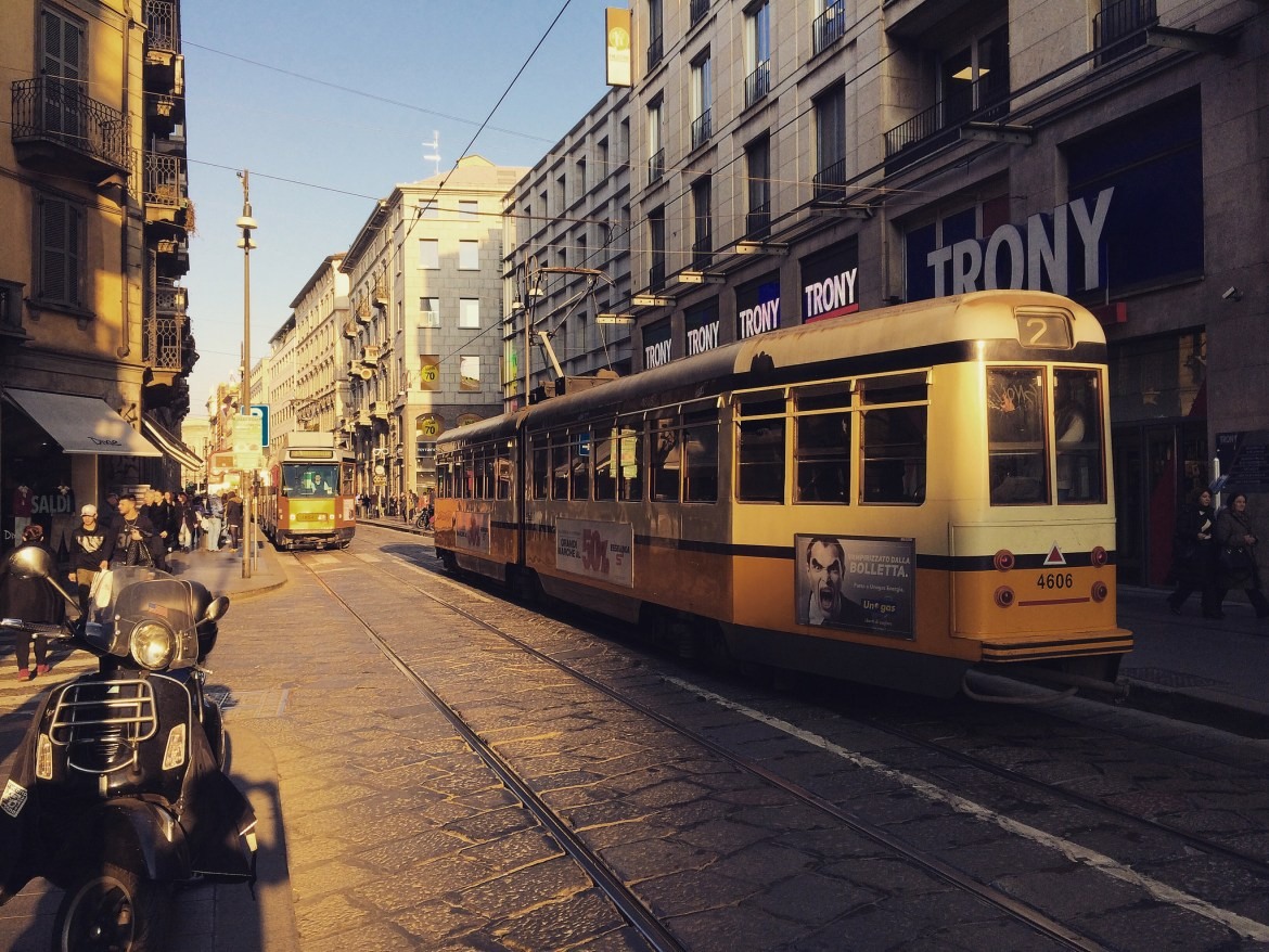 The Pros and cons of living in Milano: public transportation
