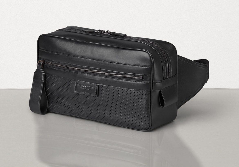 Bottega Veneta large belt bag in leggero calfskin