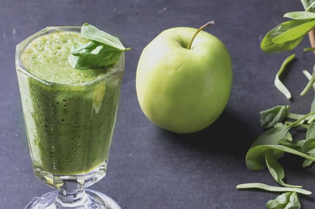 suco-verde-maca-couve Combinações de suco verde