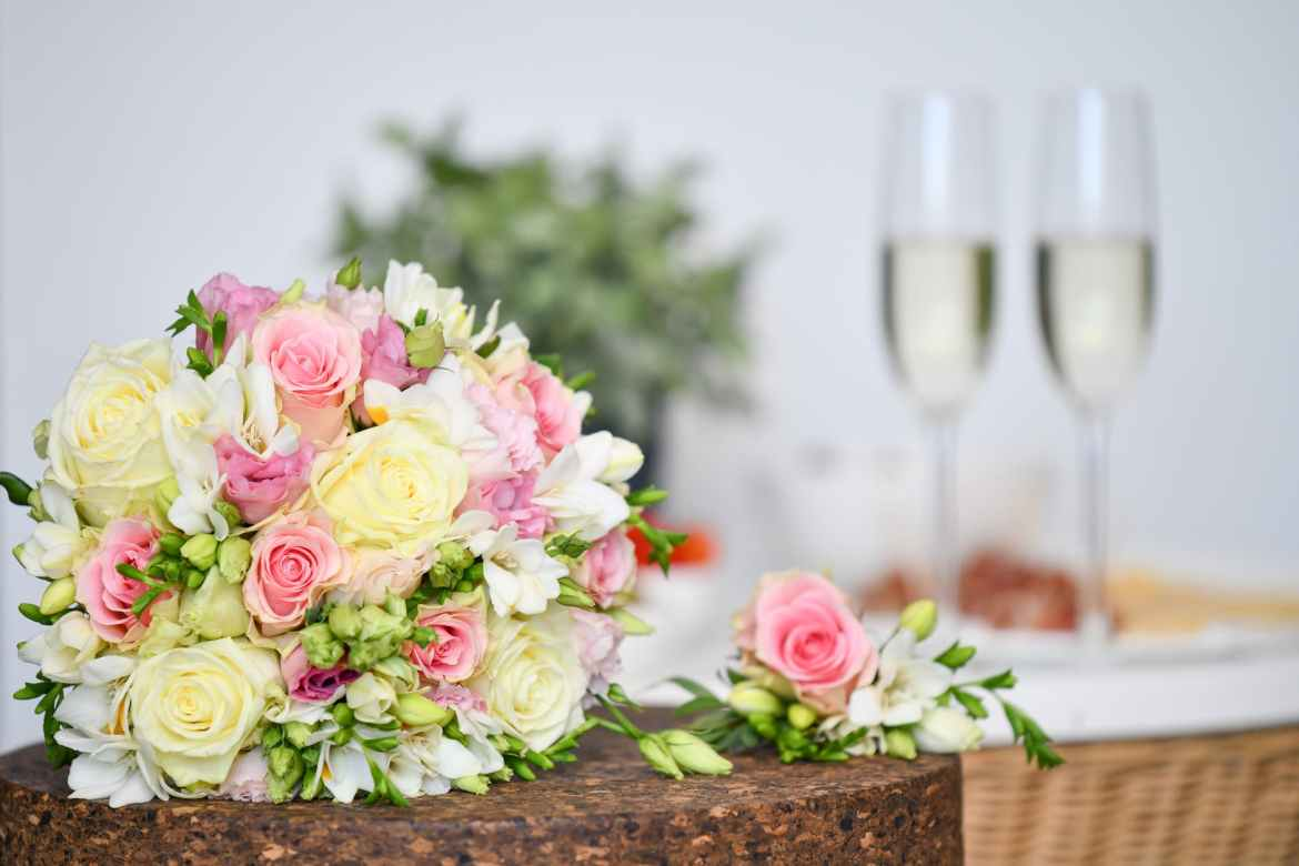 Wedding Color and Style Guide – Answers To Your Most Pressing Wedding Color Combo Questions