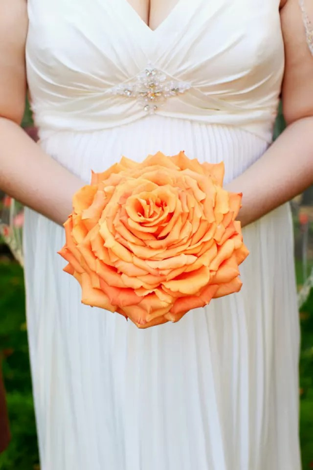 Wedding Bouquets: From Multi-Hued & Asymmetric To Monochrome & Perfectly Spherical Wedding Bouquets And The Best Wedding Styles To Pair Them With