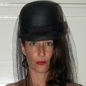 Leslie James 50s hat with veil-the Remix Vintage fashion