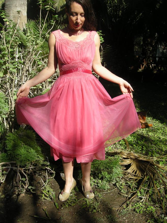 empire waist 60s fashion-the remix vintage fashion