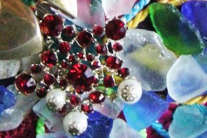 repurpose brooches upcycle designs-the remix vintage fashion