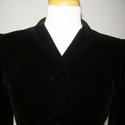 50s black wool velvet coat fit flare style-the remix vintage fashion