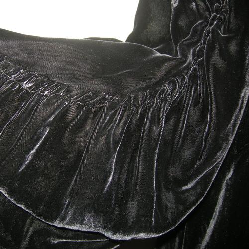 black velvet opera coat bellow sleeves Art Deco-the remix vintage fashion